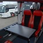 Luksusbus med 6 borde